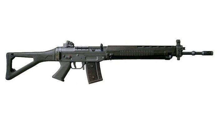 スイス国防の要「Stg.90」